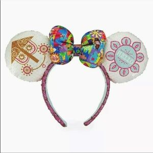 NWT Disney It's A Small World Ears